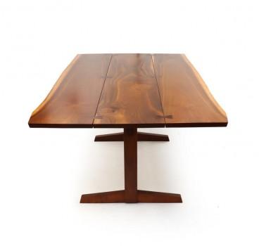 Large free edge Trestle table