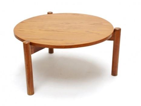 Tripode coffee table
