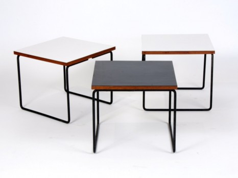 Suite de 3 tables volantes