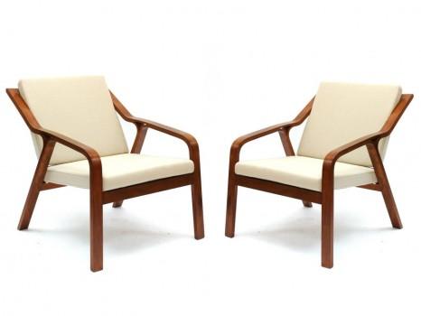 Paire de fauteuils pour l'A.R.P