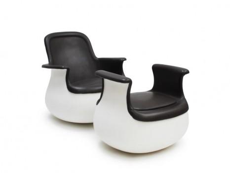 Culbuto chair and ottoman