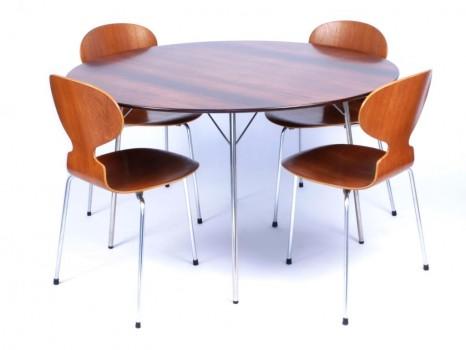 Ensemble table et chaises fourmis tripodes